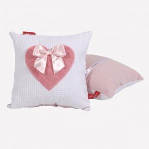 Knuffelkussen roze hart van Little Tulip strikje lief zacht kussen babykamer meisje babyuitzet kinderkamer steigerhout opbergvakje voor knuffel kussen