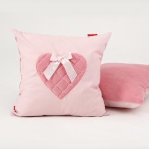 Little Tulip eco Sierkussen roze hart strikje lief zacht kussen babykamer meisje babyuitzet kinderkamer