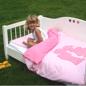 Little tulip eco dekbedovertekset dekbed bed ledikant wieg laken dutch roze wit ruitjes delfts blauw holland nederland tulp kinderkamer babykamer babyuitzet meisje steigerhout