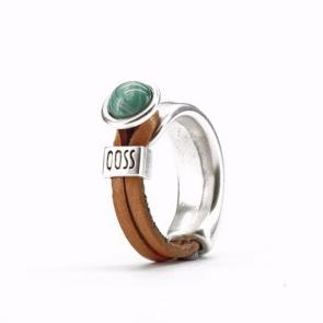 Ring Gwen naturel leer met groene bolle steen